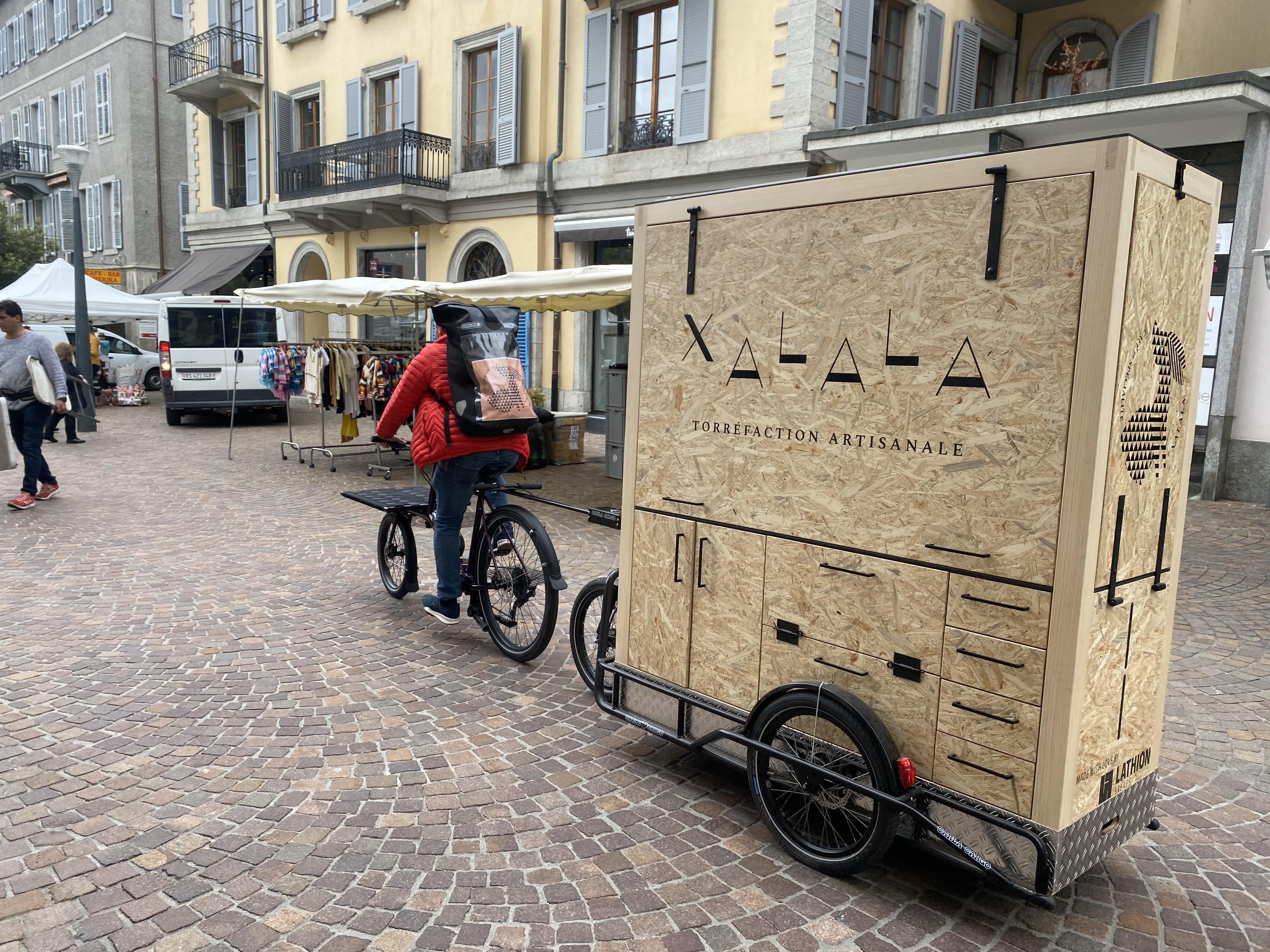 la charette et le vélo Omnium